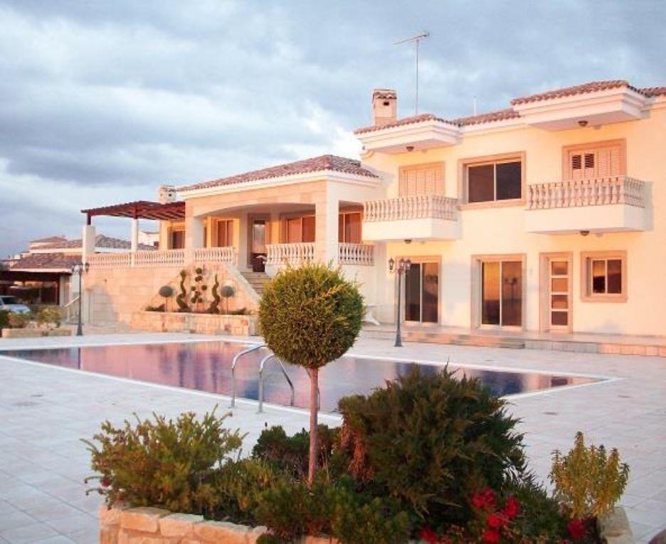 Вилла в Пафосе, Кипр, 550 м2 - фото 1