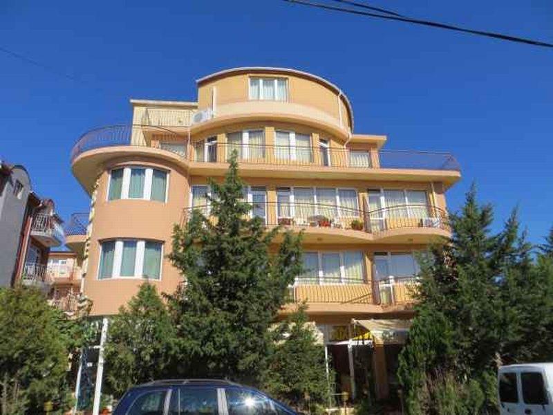 Отель, гостиница в Бургасской области, Болгария, 770 м2 - фото 1
