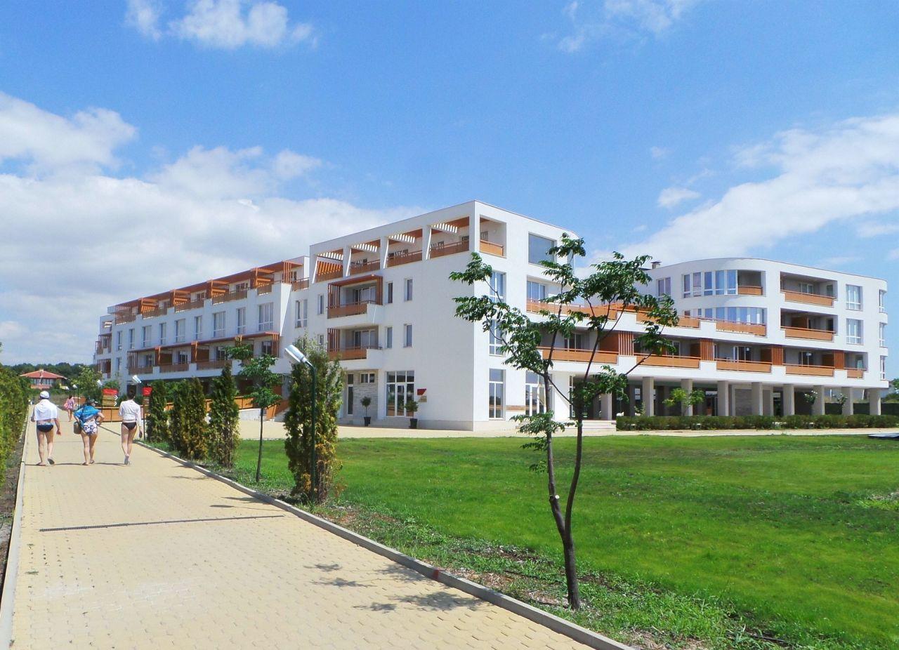 Апартаменты в Бургасе, Болгария, 66.08 м2 - фото 1