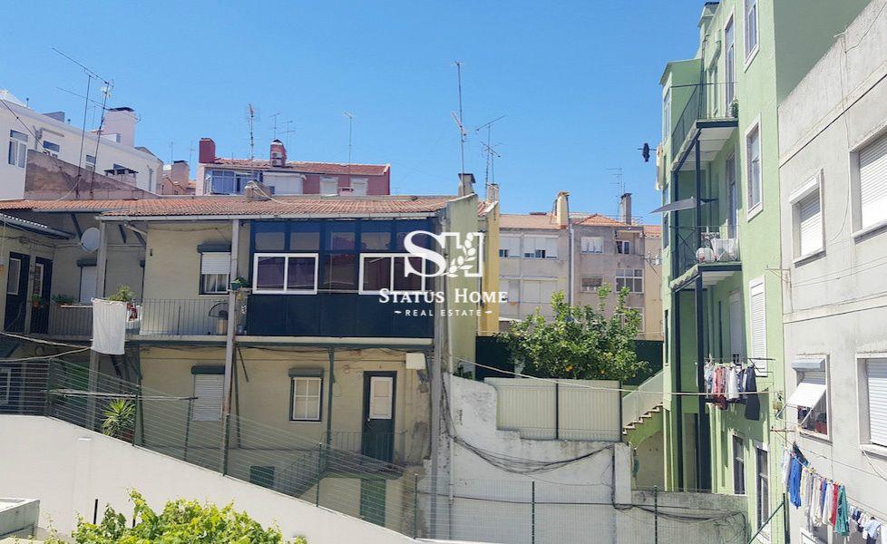 Апартаменты в Лиссабоне, Португалия, 65 м2 - фото 1
