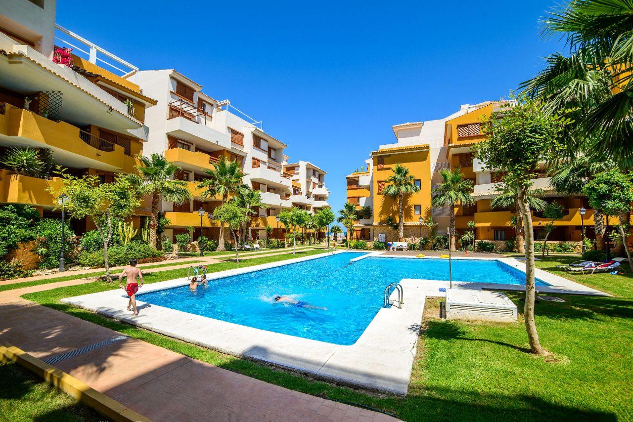 Апартаменты в Торревьехе, Испания, 79 м2 - фото 1