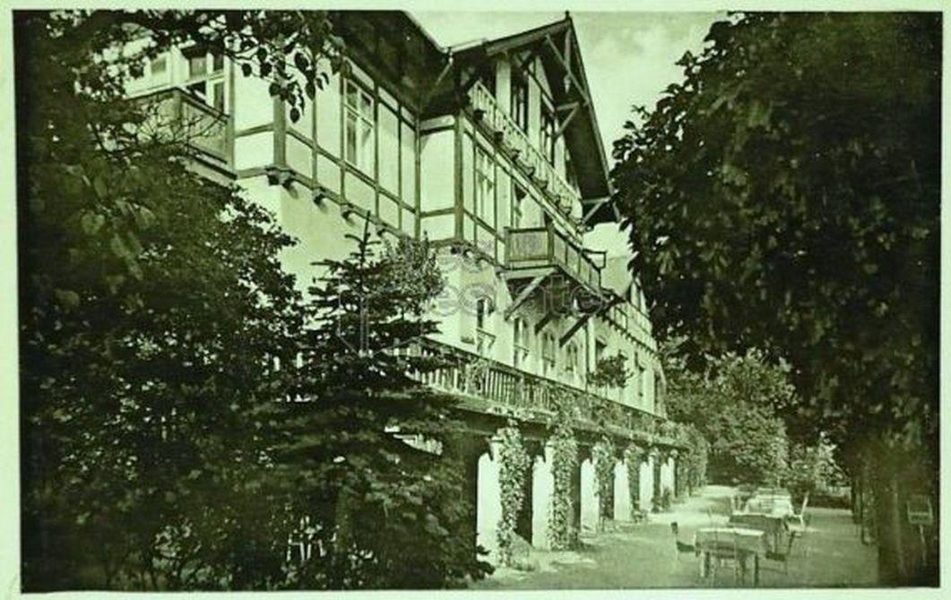 Вилла в Карловых-Варах, Чехия, 800 м2 - фото 1