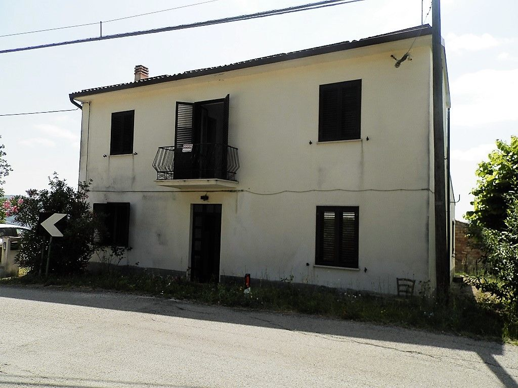 Property prices in Abruzzo 2013