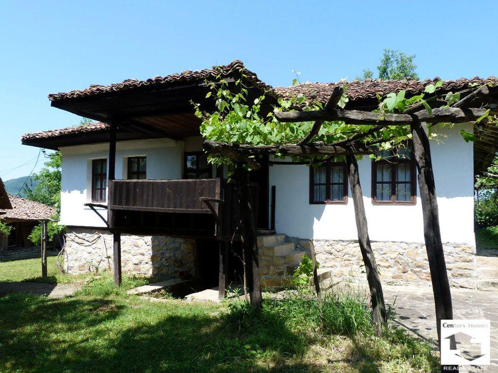 Дом в Велико Тырново, Болгария, 600 м2 - фото 1