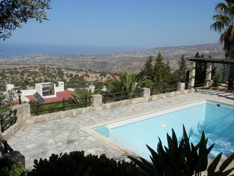 Вилла в Пафосе, Кипр, 900 м2 - фото 1