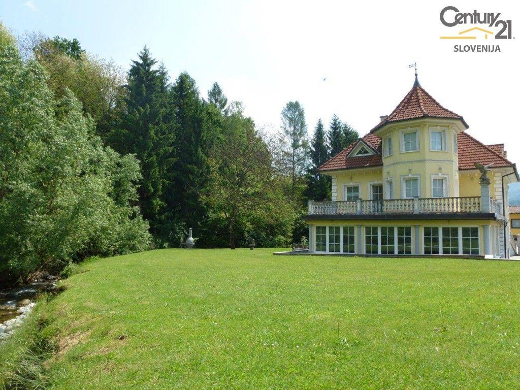 Коммерческая недвижимость в Мариборе, Словения, 900 м2 - фото 2