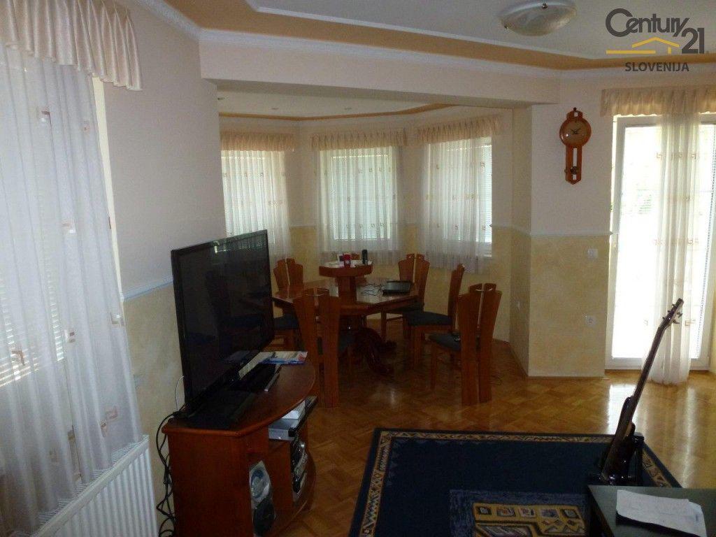 Коммерческая недвижимость в Мариборе, Словения, 900 м2 - фото 4