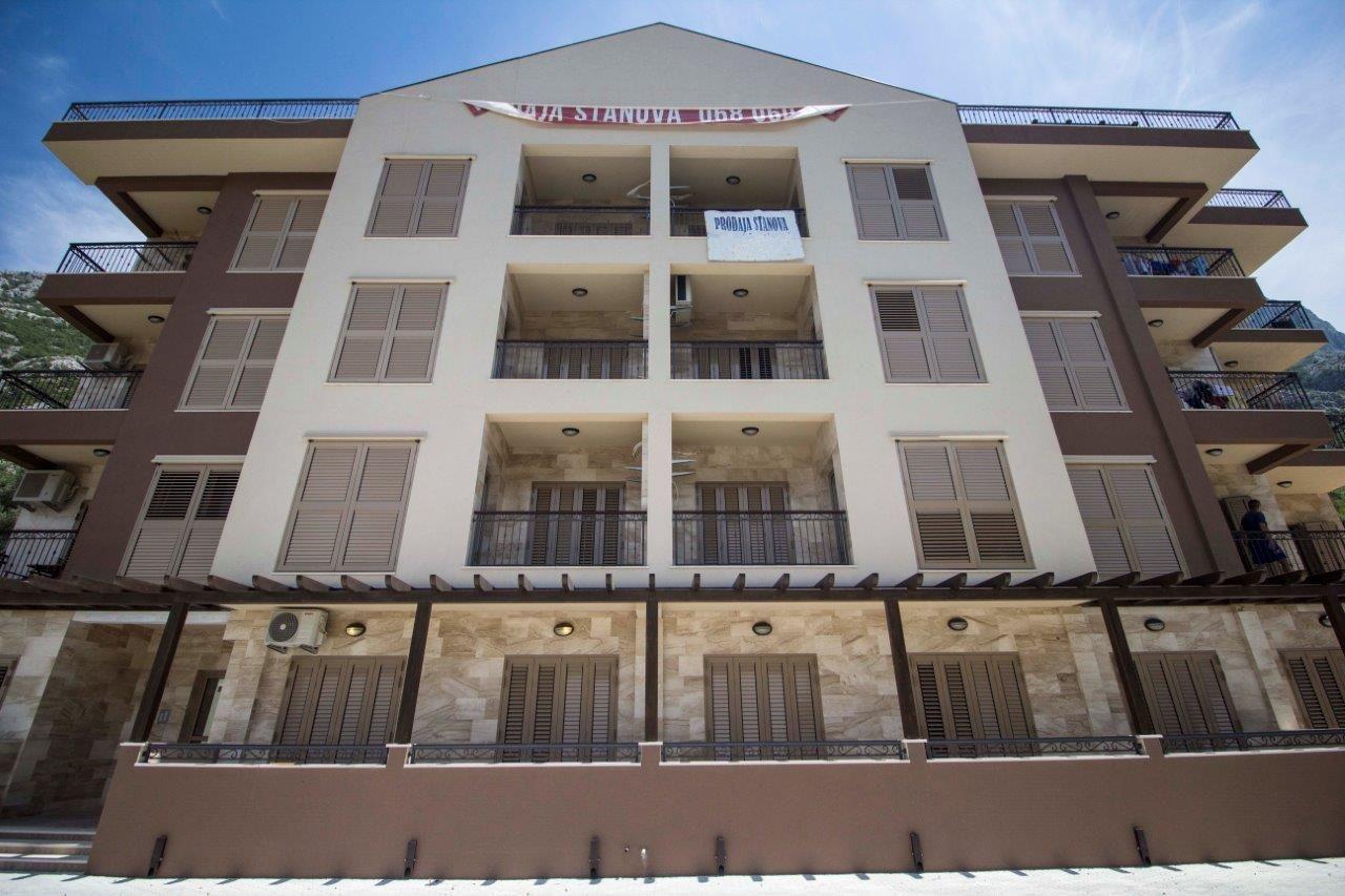 Квартира в Доброте, Черногория, 40 м2 - фото 1