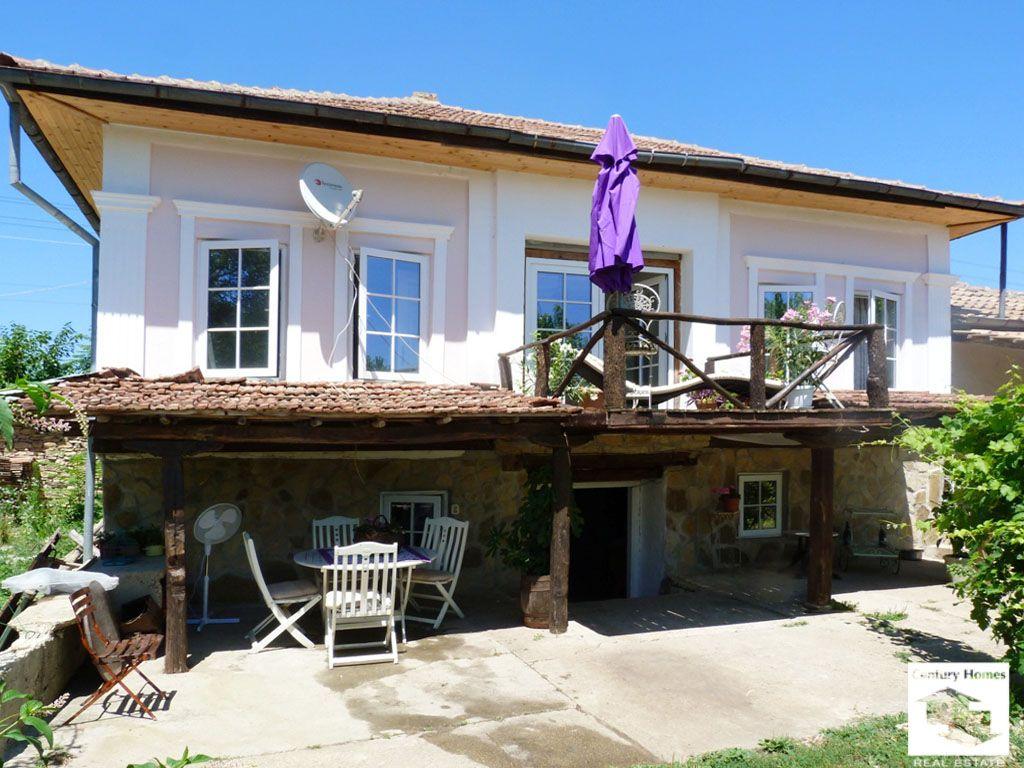 Дом в Велико Тырново, Болгария, 4300 м2 - фото 1