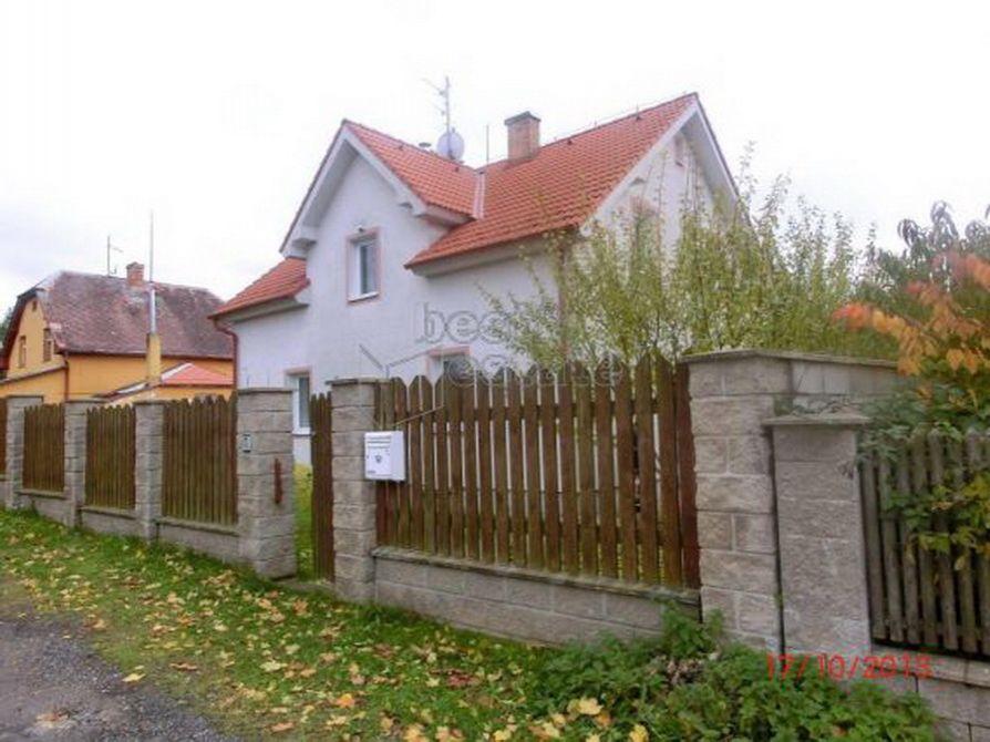 Дом в Карловых-Варах, Чехия, 1173 м2 - фото 1