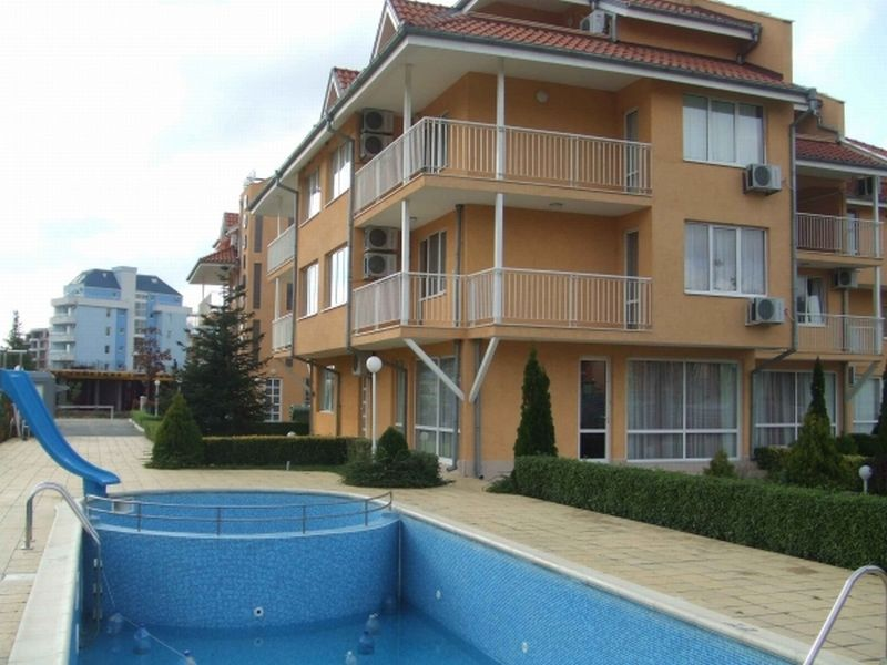 Квартира в Бургасской области, Болгария, 86 м2 - фото 1