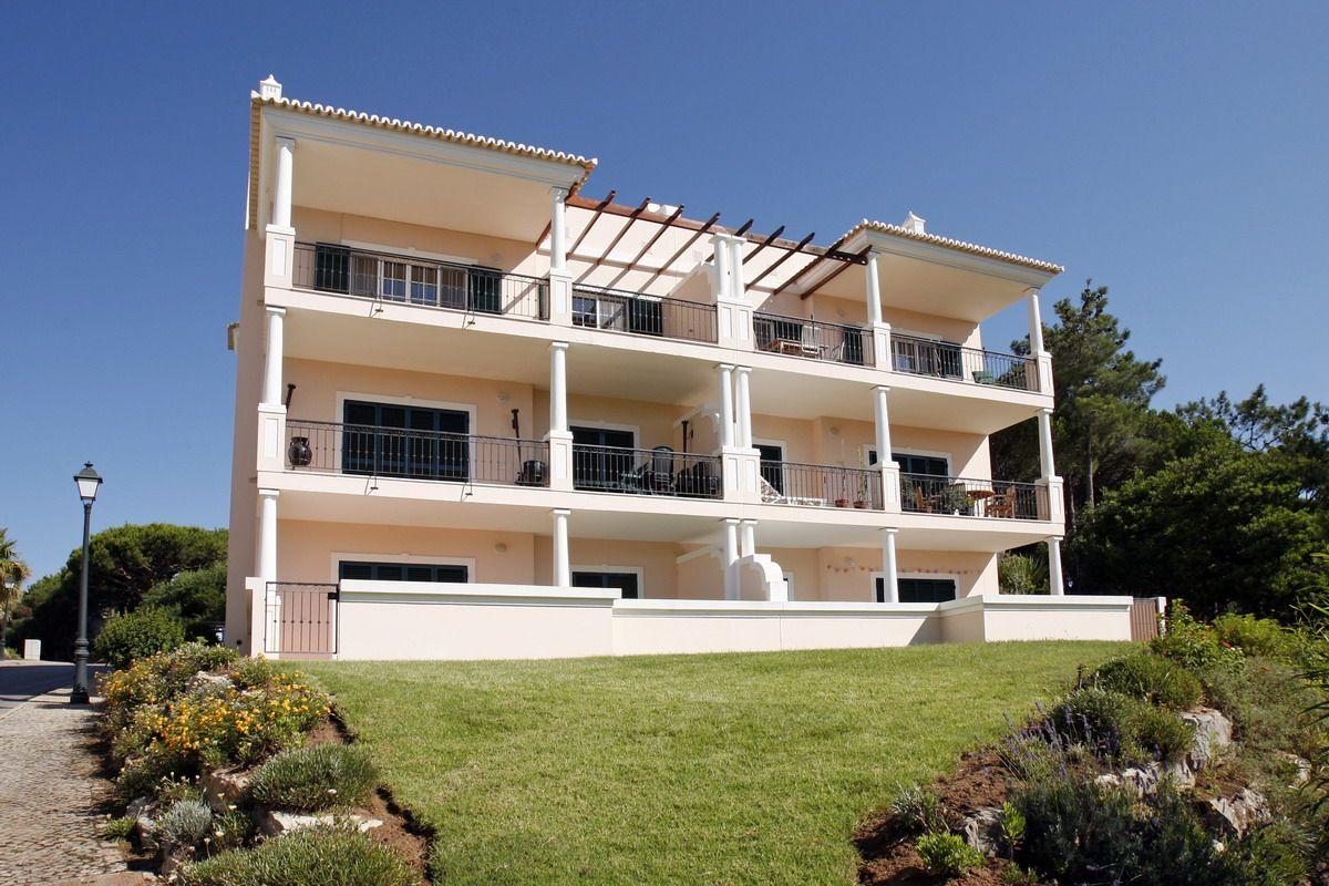Апартаменты в Вале ду Лобу, Португалия, 50 м2 - фото 1