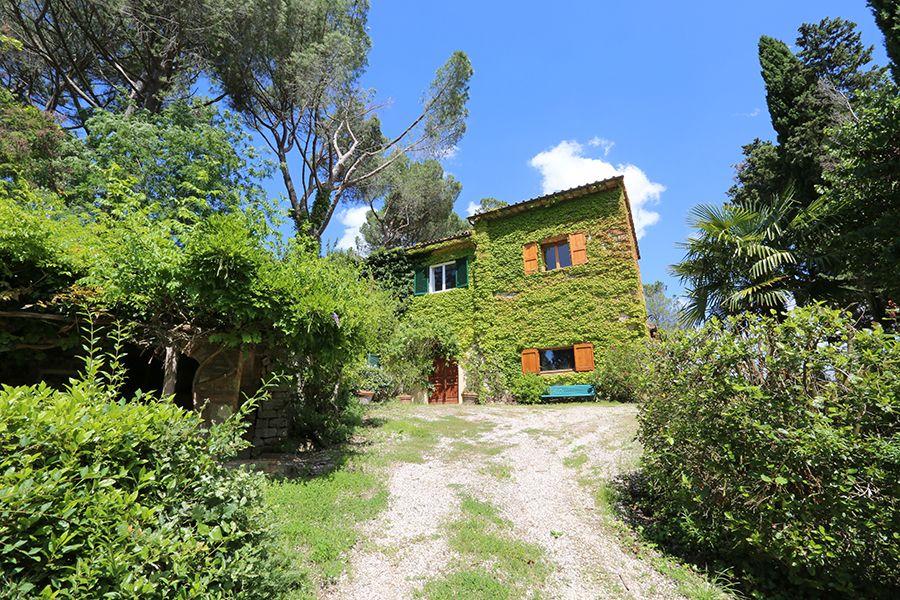 Вилла в Сиене, Италия, 36000 м2 - фото 1