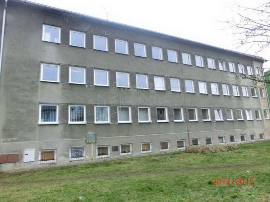 Доходный дом в Карловых-Варах, Чехия, 706 м2 - фото 1