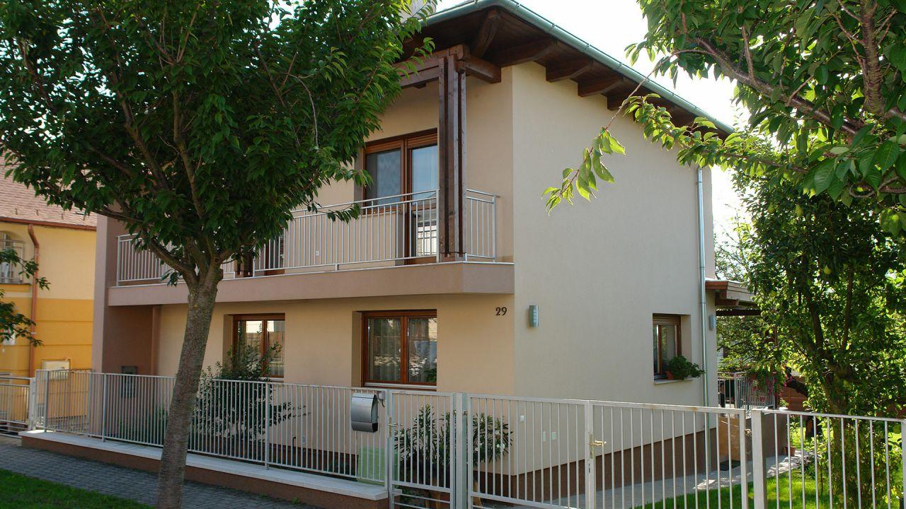 Дом в Хевизе, Венгрия, 483 м2 - фото 1