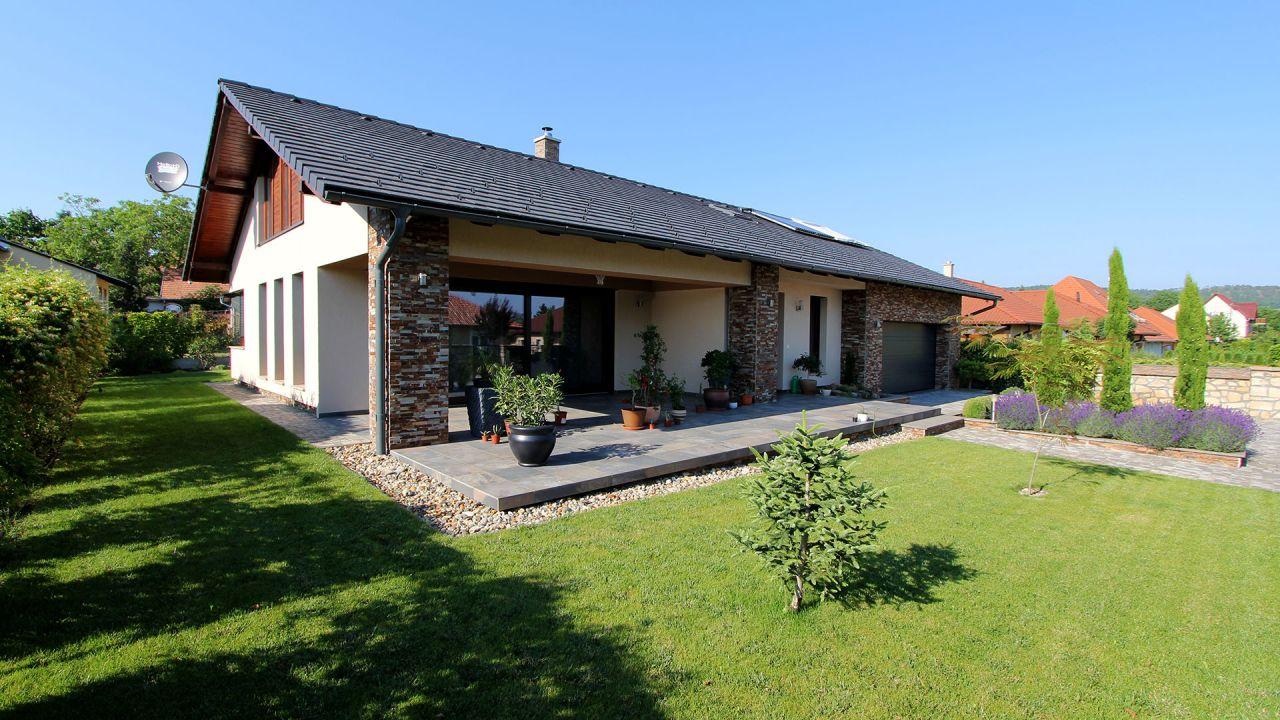 Дом в Дьенешдиаше, Венгрия, 763 м2 - фото 1