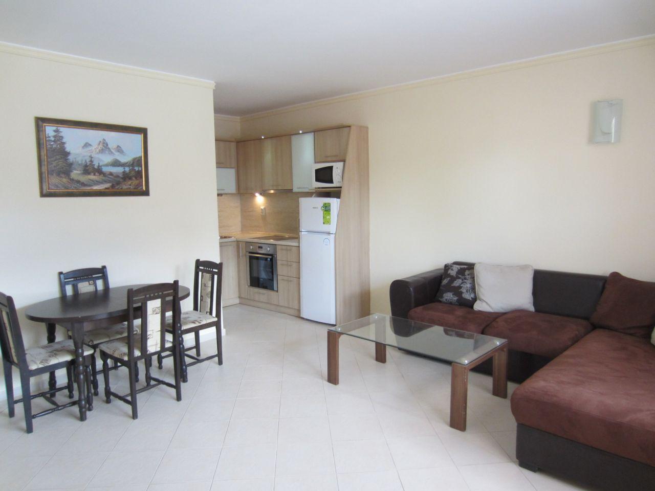 Квартира в Бургасе, Болгария, 80 м2 - фото 1