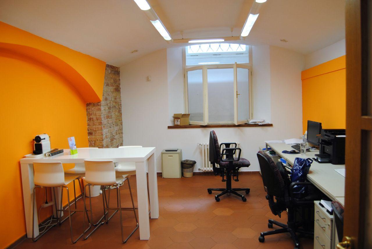Офис в Праге, Чехия, 103 м2 - фото 1