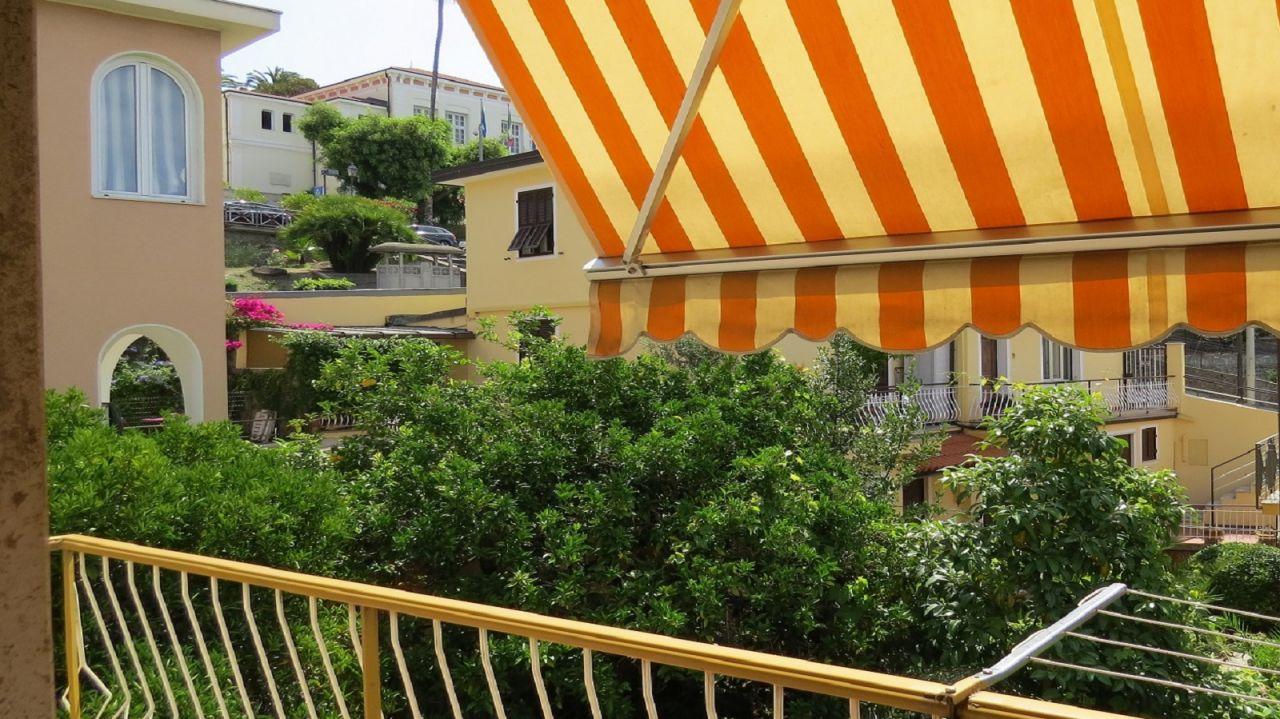 Квартира в Бордигере, Италия, 72 м2 - фото 1