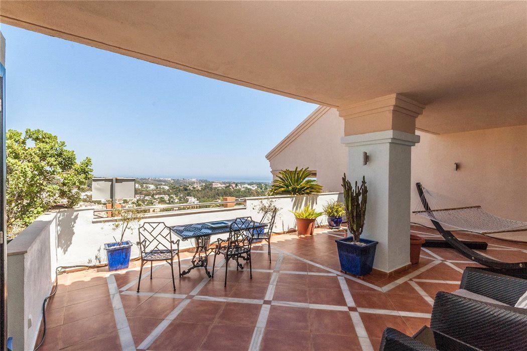 Апартаменты в Малаге, Испания, 290 м2 - фото 1