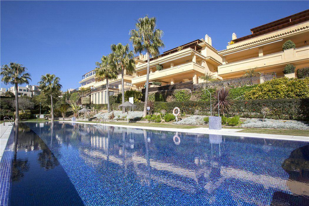 Апартаменты в Малаге, Испания, 180 м2 - фото 1