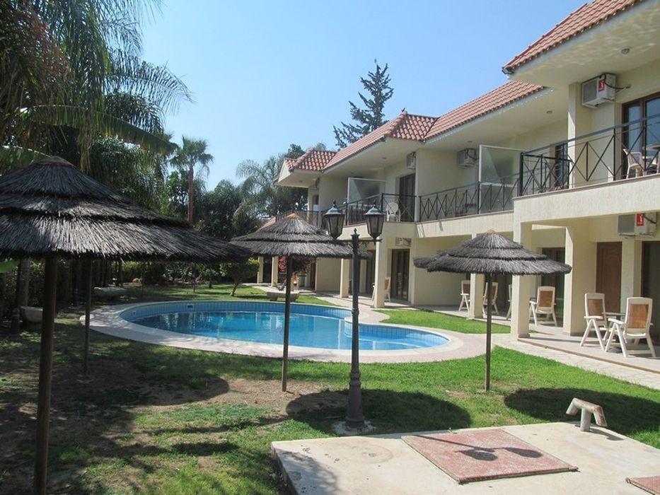 Отель, гостиница в Лимассоле, Кипр, 1017 м2 - фото 1