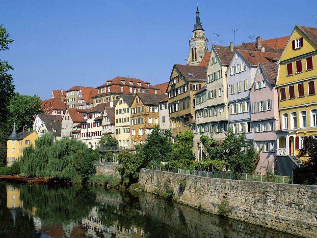 Отель, гостиница в Баден-Бадене, Германия, 6342 м2 - фото 1