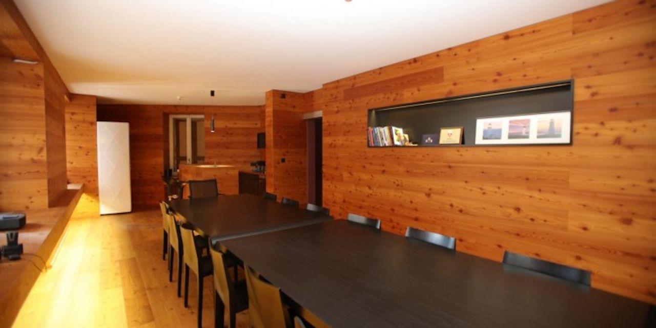Коммерческая недвижимость в Монтрё, Швейцария, 200 м2 - фото 1