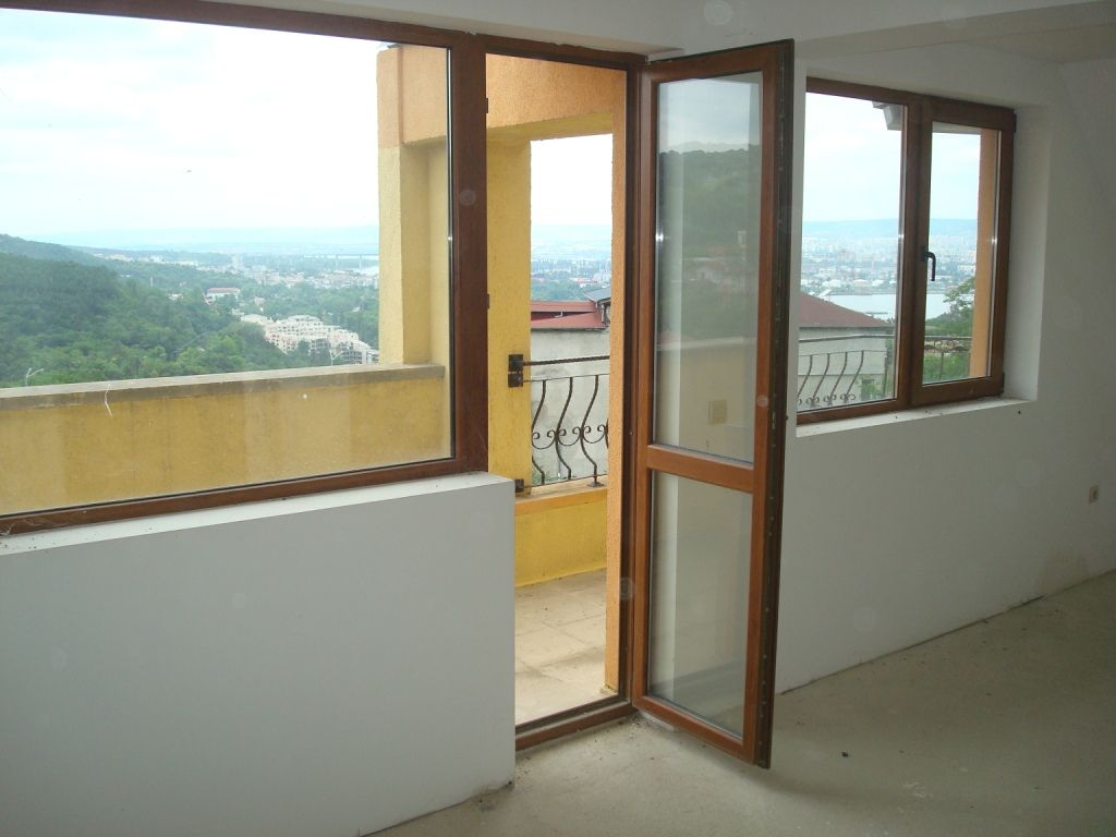 Квартира в Варне, Болгария, 78 м2 - фото 1