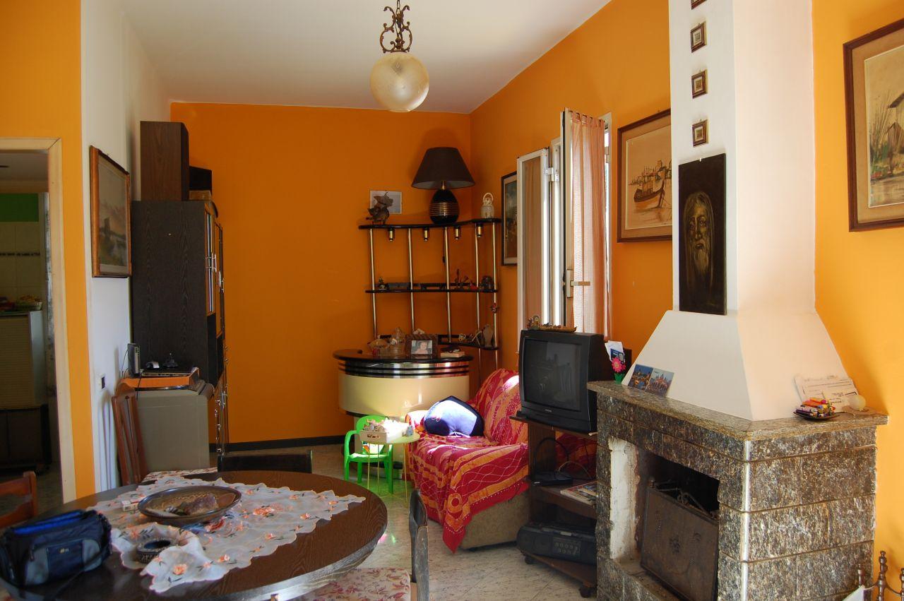 Квартира в Арма ди Таджа, Италия, 80 м2 - фото 1