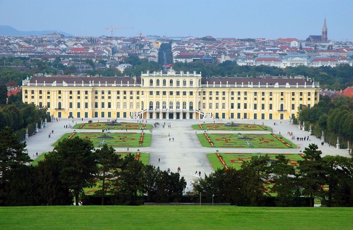Отель, гостиница в Вене, Австрия, 4518 м2 - фото 1