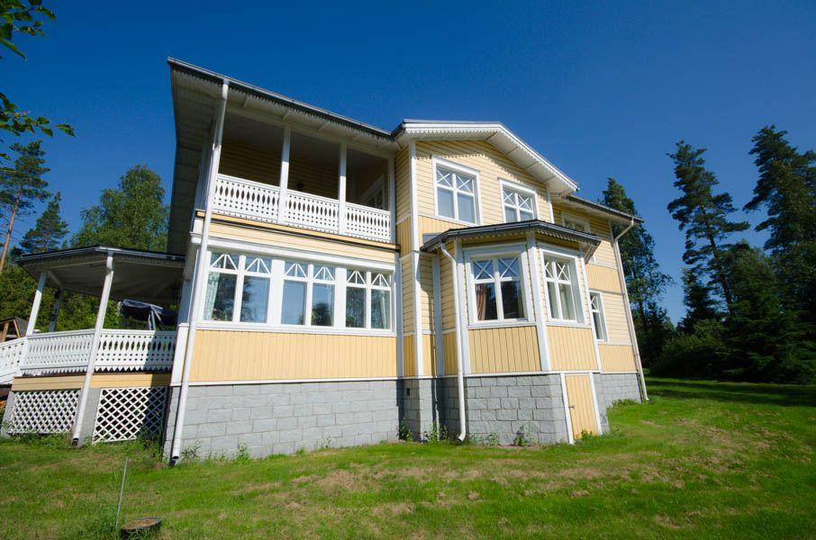Особняк в Коуволе, Финляндия, 267 сот. - фото 1