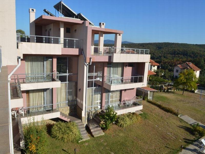 Отель, гостиница в Бургасской области, Болгария, 665 м2 - фото 1