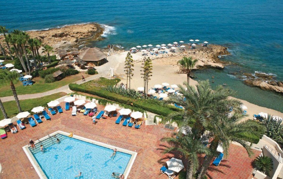 Отель, гостиница в Лимассоле, Кипр, 23000 м2 - фото 1