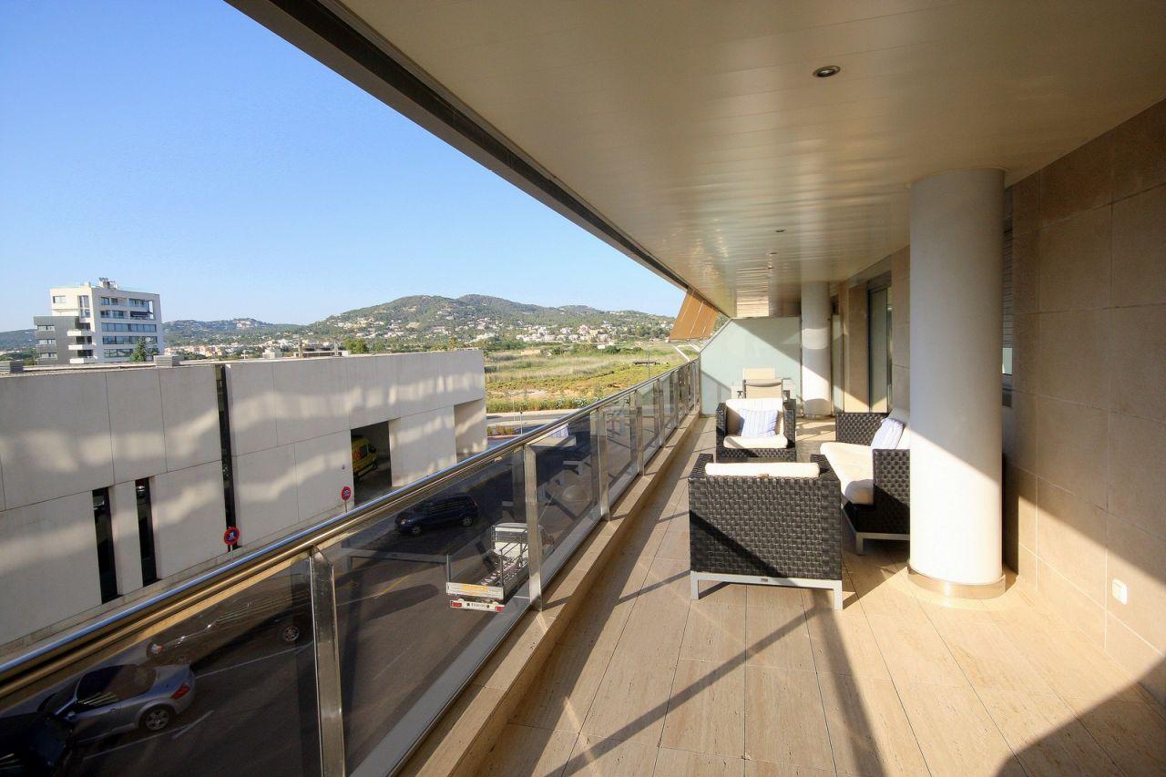 Апартаменты на Ивисе, Испания, 95 м2 - фото 1