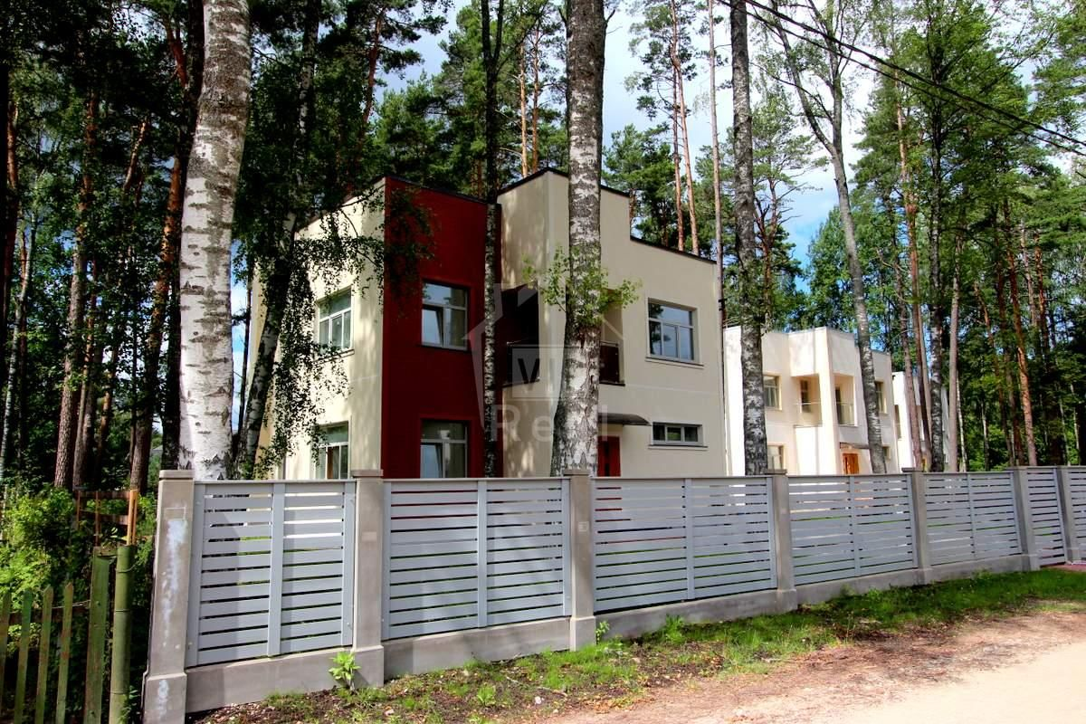 Дом в Юрмале, Латвия, 1206 м2 - фото 1