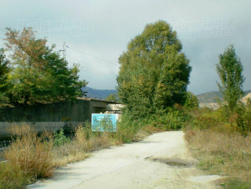 Земля в Благоевграде, Болгария - фото 1