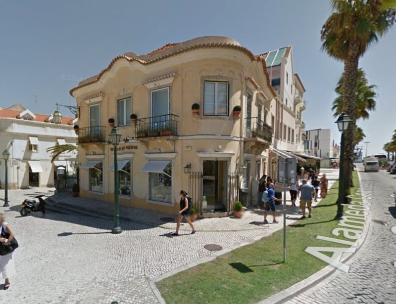 Коммерческая недвижимость в Кашкайше, Португалия - фото 1