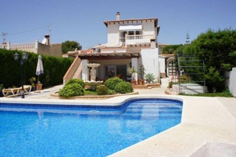 Дом в Аликанте, Испания, 537 м2 - фото 1