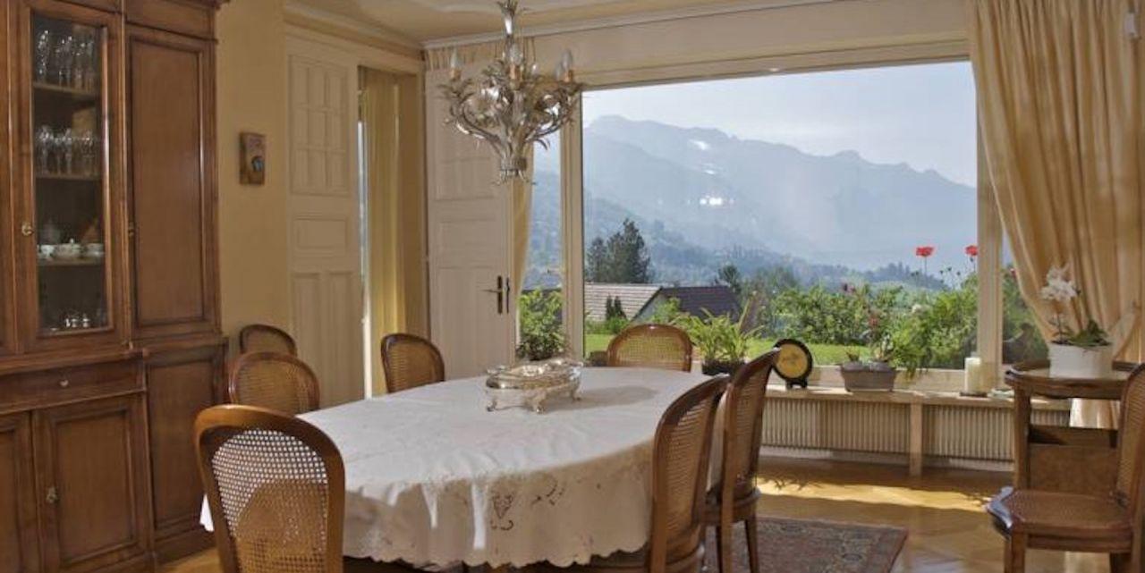 Коттедж в Монтрё, Швейцария, 550 м2 - фото 1