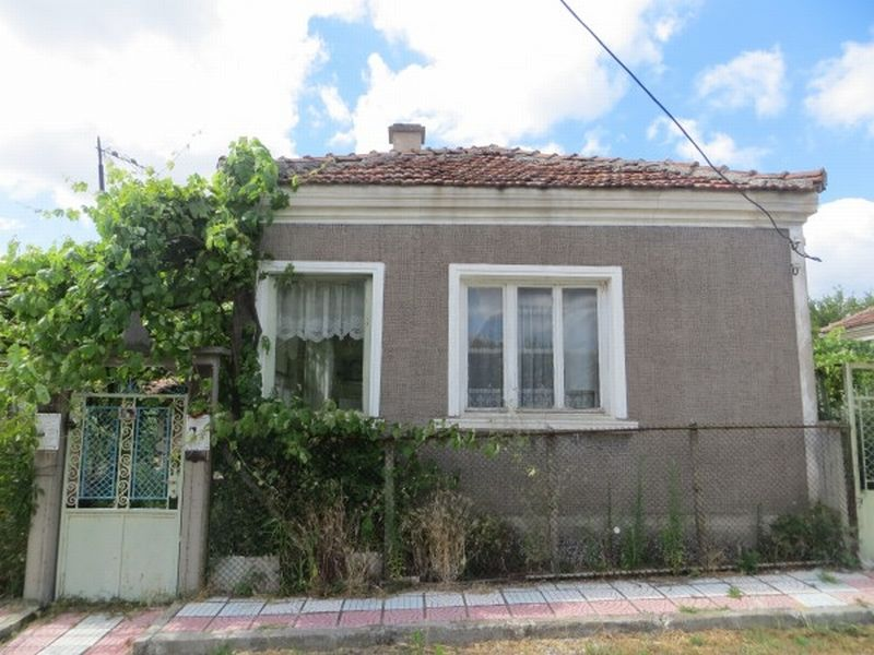 Дом в Бургасской области, Болгария, 300 м2 - фото 1