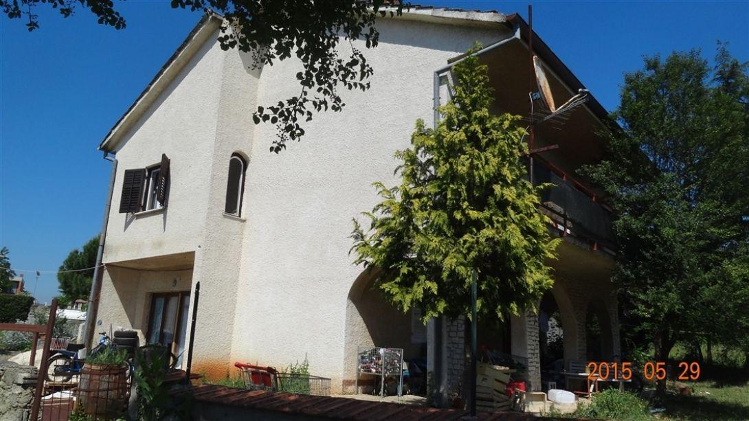 Дом в Пуле, Хорватия, 590 м2 - фото 1