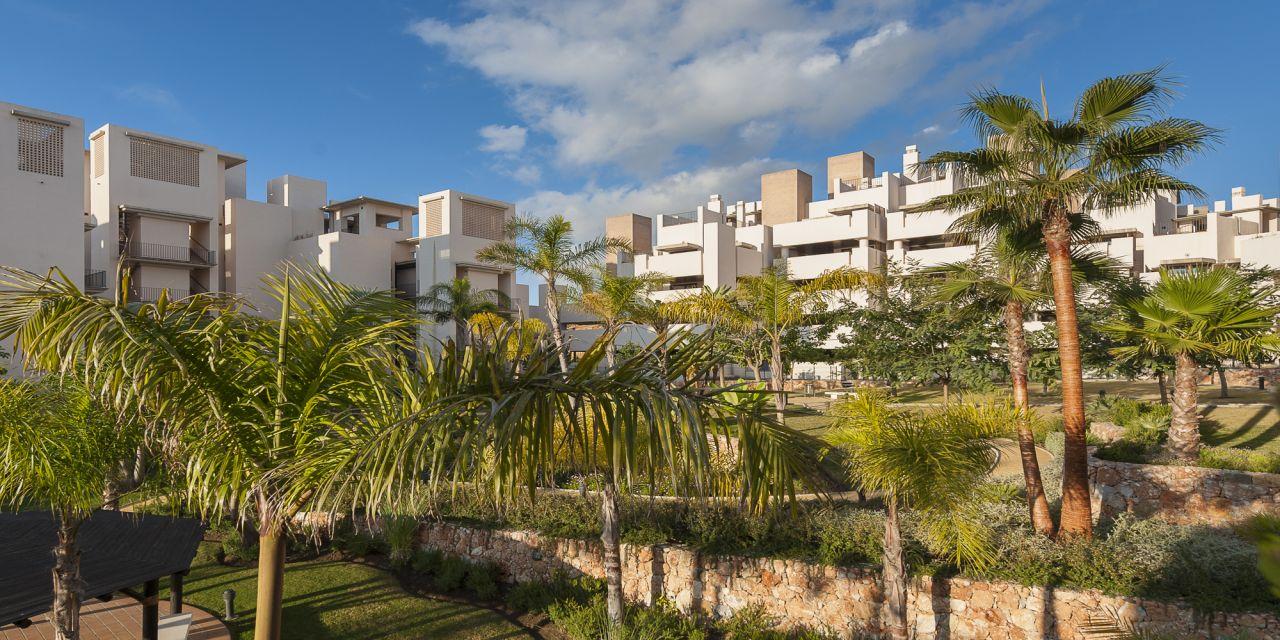Апартаменты в Эстепоне, Испания, 82 м2 - фото 1