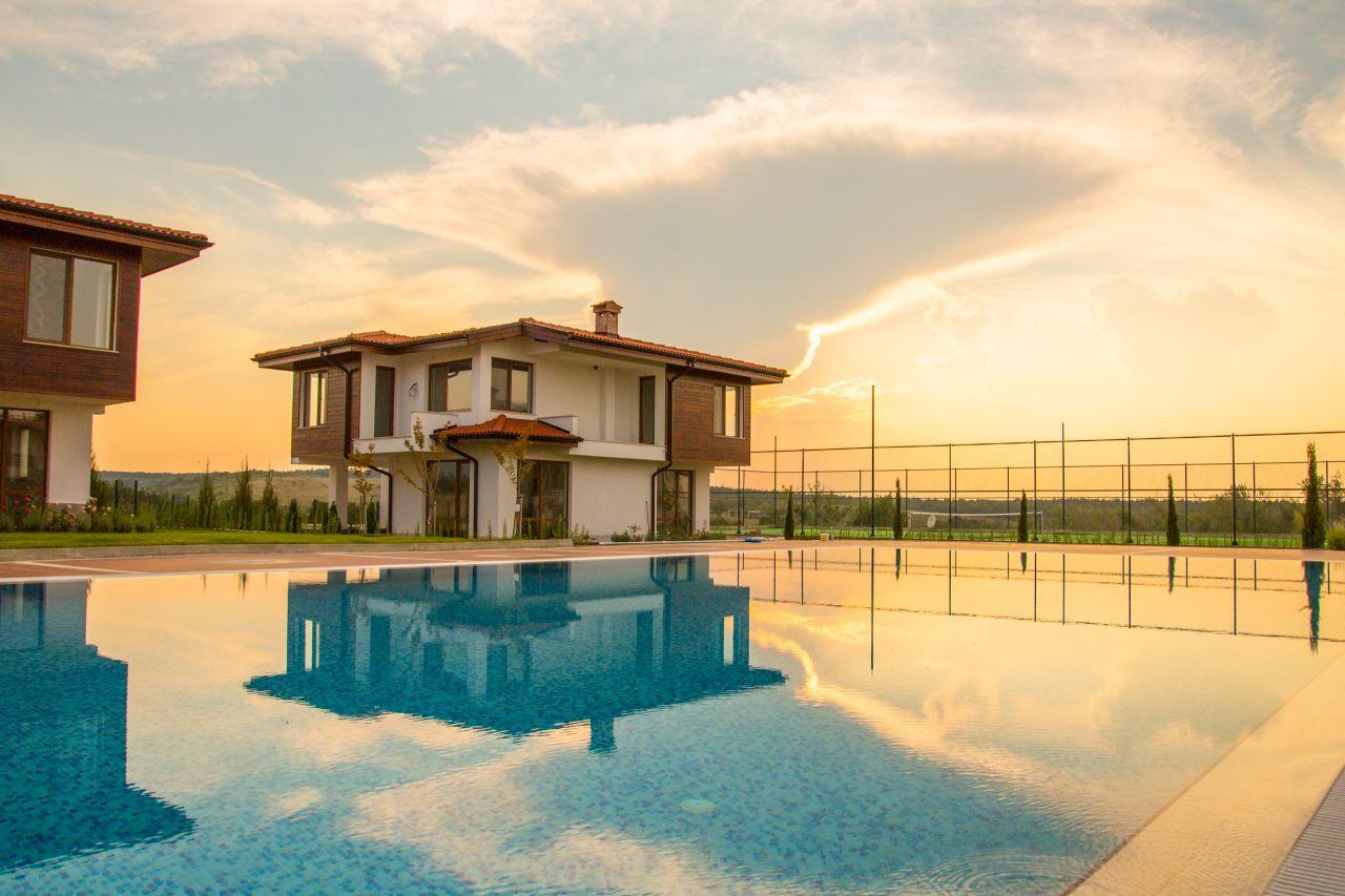 Дом в Лозенеце, Болгария, 261 м2 - фото 1