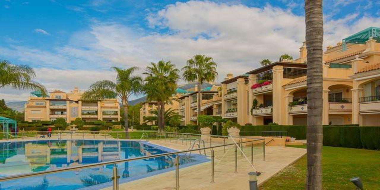 Пентхаус в Марбелье, Испания, 495 м2 - фото 1