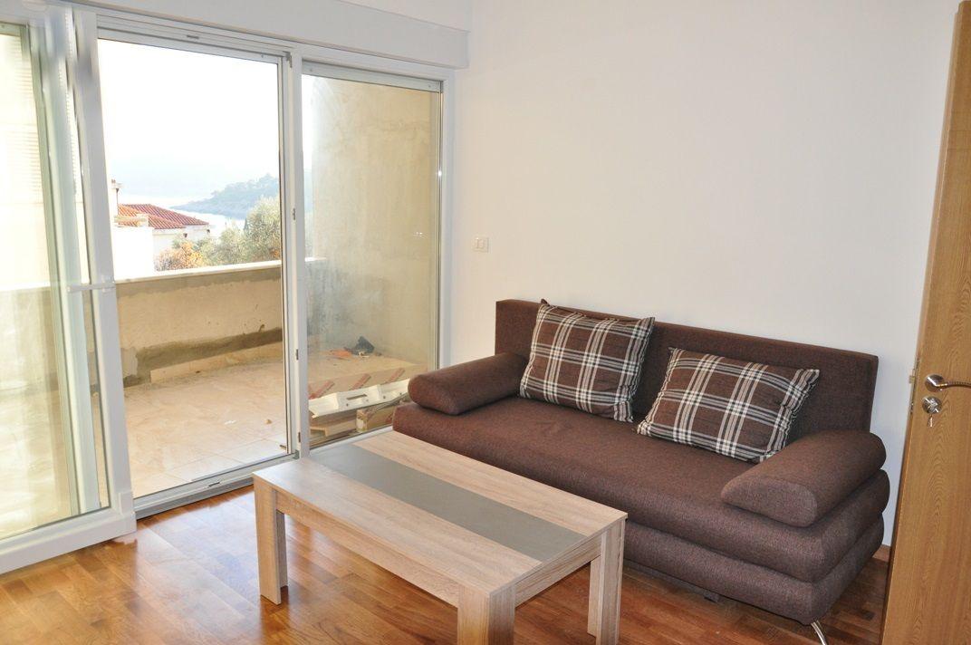 Квартира в Бечичи, Черногория, 55 м2 - фото 1