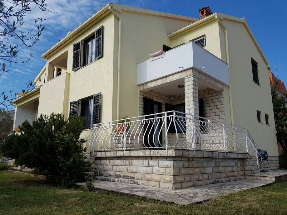 Дом в Задаре, Хорватия, 270 м2 - фото 1