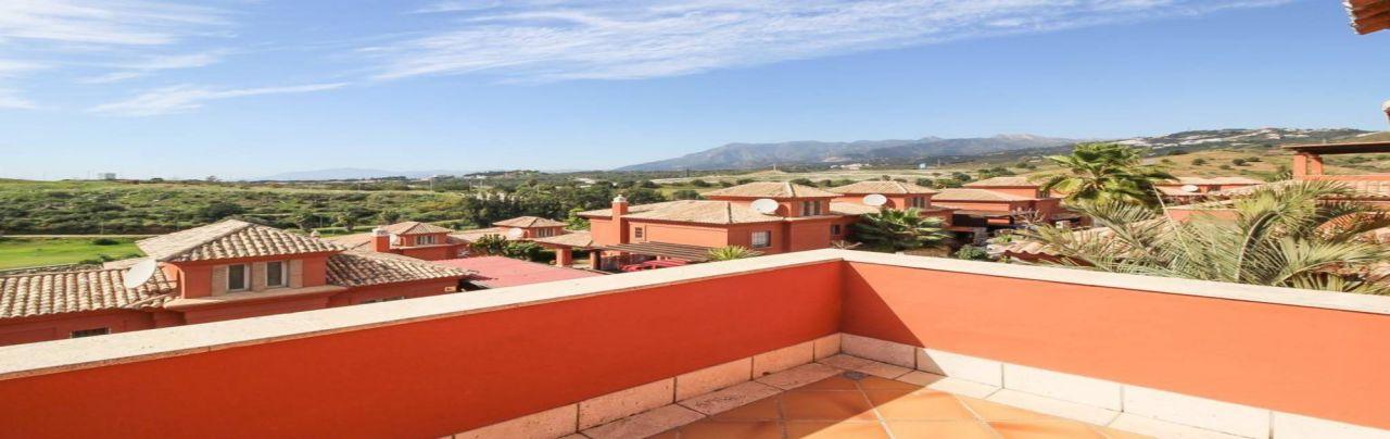 Вилла в Марбелье, Испания, 295 м2 - фото 1