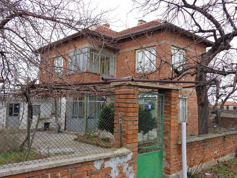Дом в Хасково, Болгария, 10000 м2 - фото 1
