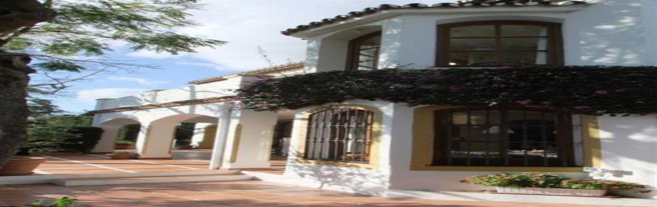 Вилла в Марбелье, Испания, 300 м2 - фото 1